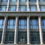 <b>Ruské ministerstvo financí legalizuje obchodování s kryptoměnami, centrální banka nesouhlasí</b>